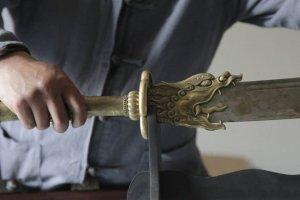 Nhung-thanh-kiem-tu-300-700-trieu-dong-cua-chang-trai-tho-ren-kiem-Gia-Hoai-Tien (3).jpg