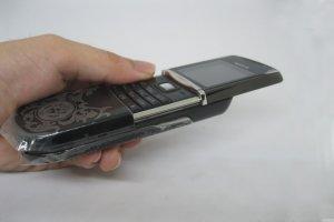 So-sanh-Nokia-8800-Anakin-Nokia-8800-Sirocco-va-Nokia-Arte-co-gi-khac-nhau (4).jpg