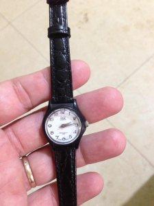 Đồng hồ Nữ Q&Q máy Nhật,