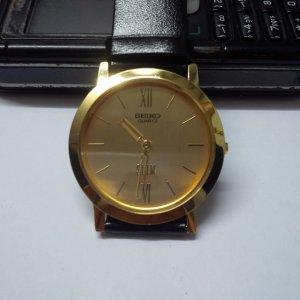 Đồng hồ nam nữ Citizen