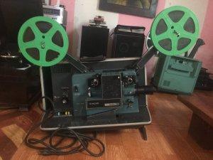 Máy chiếu phim nhựa 16mm