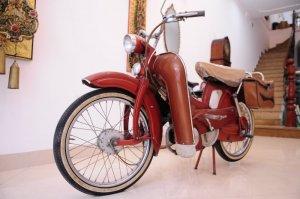 Xe  mobylette đời 1960