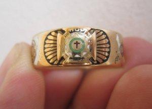 Nhẫn Masonic vòng tròn vàng 14k, 5 biểu tượng với màu men cực độc.