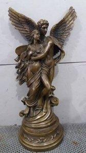 Tượng nữ thần tình yêu đẹp lung linh