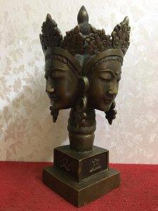 Đầu tháng e xin giao lưu bức tượng Phật 4 mặt rất đẹp và độc đáo, thần thái và có hồn. Chất liệu: Đ
