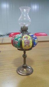 đèn dầu hoa văn