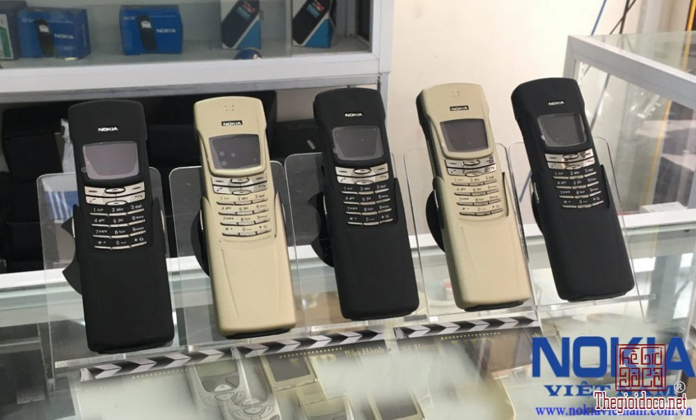 Điện thoại nokia 8910 và nokia 8910i nguyên zin chính hãng