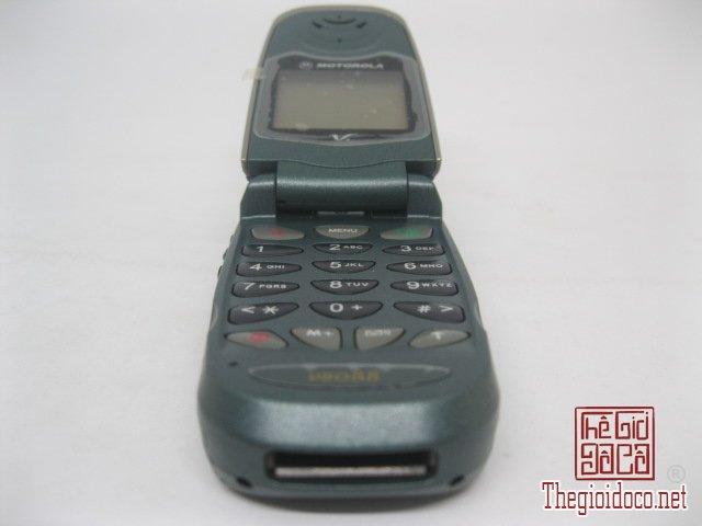Motorola-V8088-Motorola-V-cuoi-MC2 (8).JPG