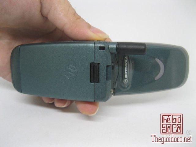 Motorola-V8088-Motorola-V-cuoi-MC2 (9).JPG