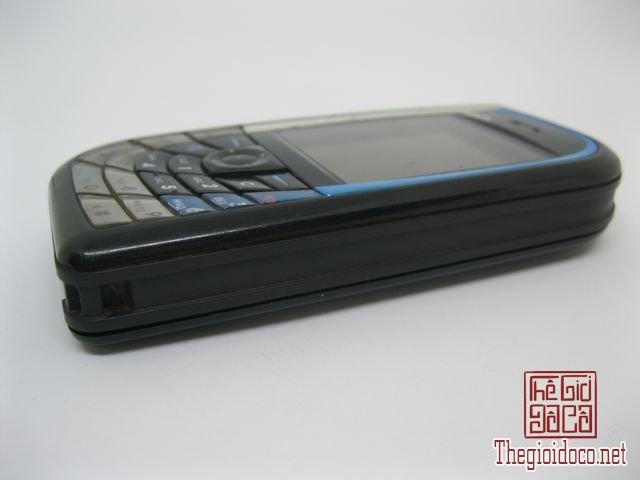 Nokia-7610-Xanh (5).JPG