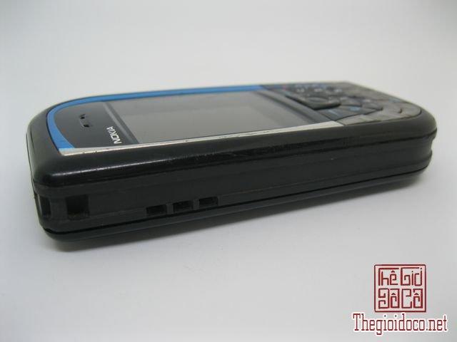 Nokia-7610-Xanh (6).JPG
