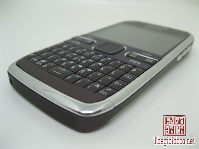 Nokia-E72 (3).JPG
