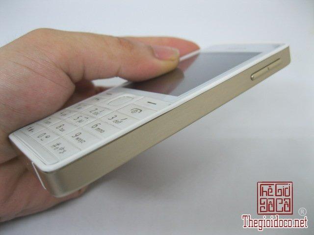 Nokia-515-Vang (3).JPG