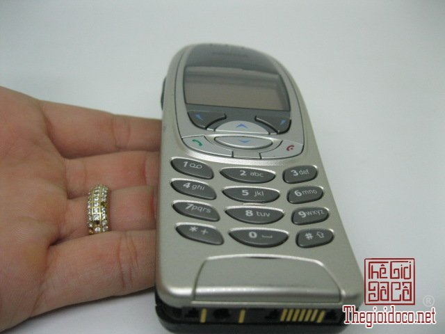 Nokia-6310i (7).JPG