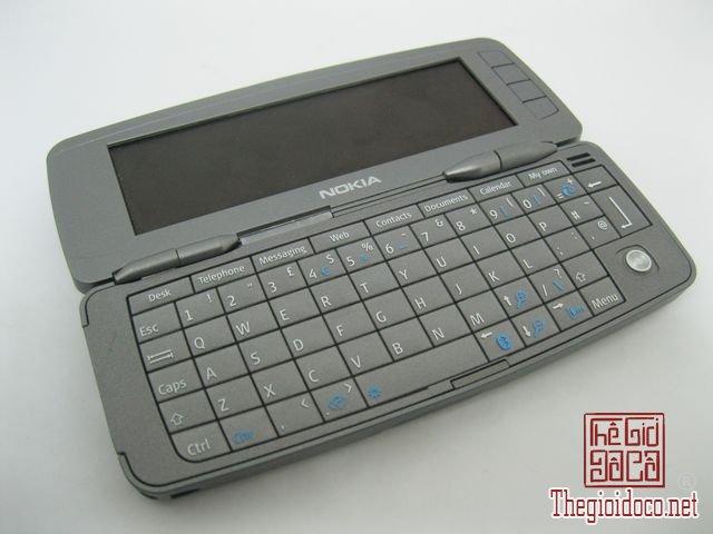 Nokia-9300i (8).JPG