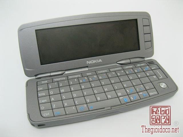 Nokia-9300i (9).JPG