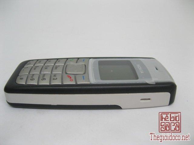 Nokia-1100i-Den (9).JPG