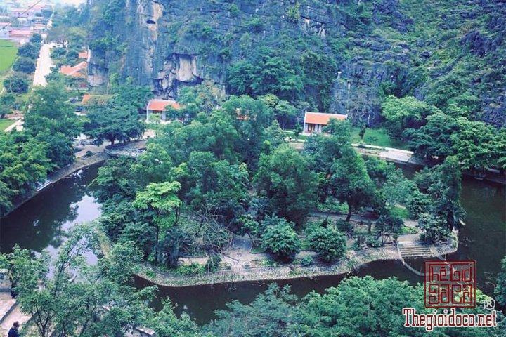 Review-ngan-gon-ve-chuyen-di-Ninh-Binh-va-nhung-khach-san-dang-o-tai-noi-day (4).jpg