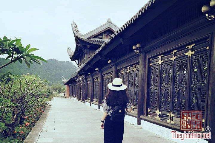 Review-ngan-gon-ve-chuyen-di-Ninh-Binh-va-nhung-khach-san-dang-o-tai-noi-day (7).jpg