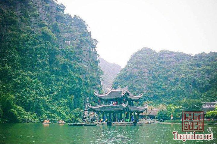 Review-ngan-gon-ve-chuyen-di-Ninh-Binh-va-nhung-khach-san-dang-o-tai-noi-day (25).jpg