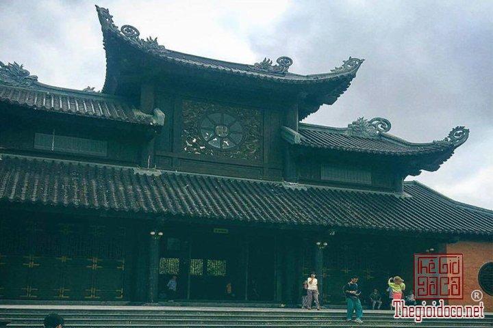 Review-ngan-gon-ve-chuyen-di-Ninh-Binh-va-nhung-khach-san-dang-o-tai-noi-day (30).jpg