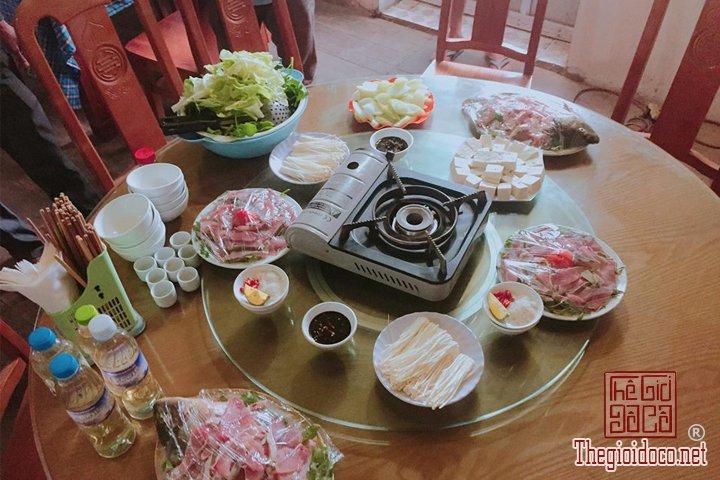 San-may-o-Ta-Xua-du-ngoan-Song-lung-khung-long-cho-cac-ban-tham-khao (24).jpg