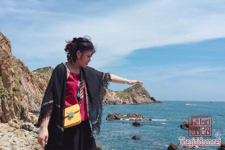 Review-Quy-nhơn-Tuy-hoà-Thien-duong-Bien-dao-Viet-Nam-ban-nen-den-mot-lan-trong-doi (11).jpg