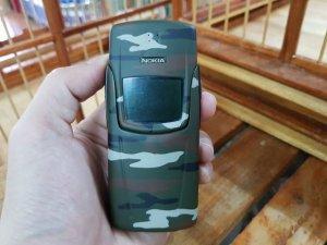 Nokia 8910i màu xanh quân đội đẹp 98% nguyên zin sơn lại