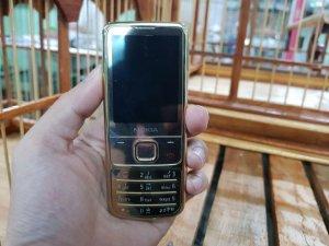 Nokia 6700 màu Gold nguyên zin đã thay vỏ mới đẹp 98%