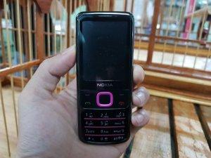 Nokia 6700 nguyên zin màu hồng đen đẹp 98%