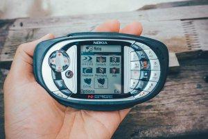 Điện thoại nokia Ngage chuyên chơi game