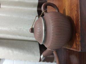 ấm trà cổ thế đức gan gà quý hiếm