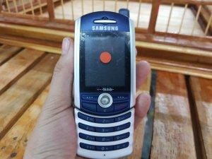 Samsung SGH - Z130 màu xanh bạc nguyên zin chính hãng đẹp 99%