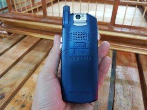 Samsung-Z130-mau-xanh-bac-dẹp-99%-nguyen-zin-MS-2258 (3).jpg