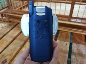 Samsung-Z130-mau-xanh-vien-bac-may-dep-MS-2205 (5).jpg