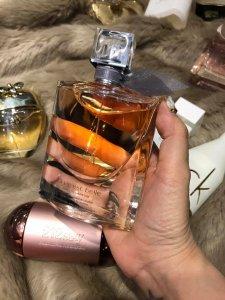 Trên 300 mẫu nước hoa & nhiều mặt hàng mỹ phẩm khác GIÁ CỰC SỐC có sẵn tại Shop!