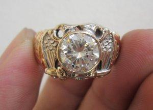 Nhẫn Masonic vàng hồng, vàng trắng,đính hột xoàn nhân tạo 9ly, form xưa đẹp cổ kính.
