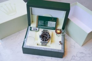 ROLEX Oyster Perpetual Submariner Black Dial Black Cerachrom Bezel Steel Men's Watch