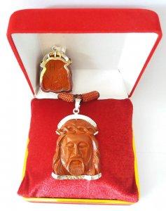 Tượng Thiên Chúa ba ngôi làm từ ngọc bích Jasper đỏ thiên nhiên quý hiếm hội xuân độ