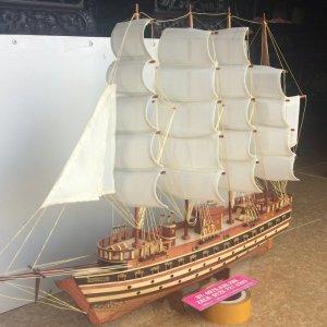Thuyền gỗ phong thuỷ thuận buồm suôi gió - Lh 0979 839 286