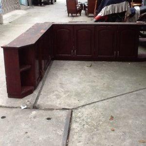 tủ bếp hình L gỗ căm xe