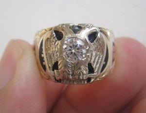 Nhẫn Masonic phome xưa với đại bàng hoành tráng. hột xoàn nhân tạo 4.2ly long lanh