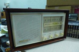 HCM - Q10 - Bán radio đèn Ariline - Model GEN.1699A