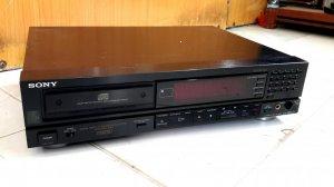 CD SONY 228ESD