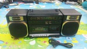 Đài Radio Cassette SANYO M-9100K (Đẹp xuất sắc)