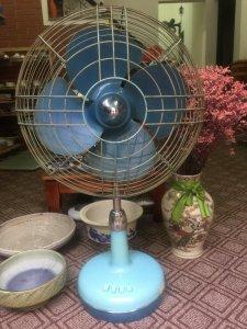 Toshiba A.C. Electric Fan quạt cổ Nhật bãi