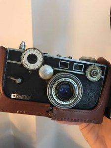 Máy ảnh xưa Argus của Mỹ