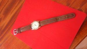Bán đồng hồ xưa hiệu LIBRE 900