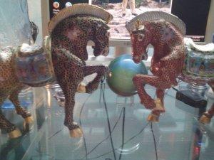 Cặp ngựa đồng pháp lam
