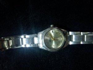 Cần thanh lý một số đồng hồ nữ chính hãng - Made in japan